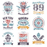 Béisbol, rugbi, snowboard, emblemas del deporte de la universidad del monopatín Fotos de archivo libres de regalías