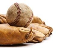 Béisbol y guante de la vendimia imagen de archivo