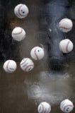 Béisboles de la liga de béisbol profesional en escultura de hielo Imagen de archivo