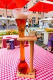 BÉLGICA, BRUSELAS - CIRCA JUNIO DE 2014: diversas clases de cerveza flamenca Imagen de archivo libre de regalías