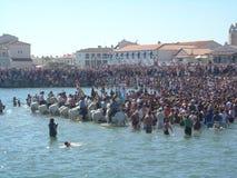 Bénédiction de la mer, Saintes Maries de la Mer, France image libre de droits
