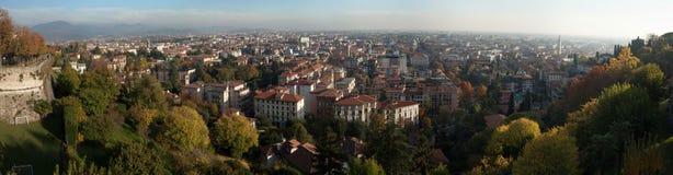 Bérgamo, Lombardía, Italia Visión panorámica Imágenes de archivo libres de regalías