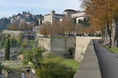 Bérgamo - paredes de la ciudad fotos de archivo libres de regalías
