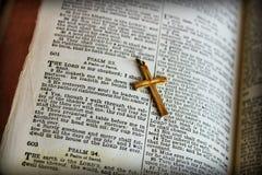 A Bíblia dos salmos 23 Imagens de Stock