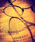 A Bíblia Sagrada Imagem de Stock