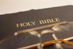 A Bíblia Sagrada Fotos de Stock