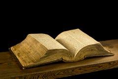 A Bíblia velha de Checo do livro raro Fotos de Stock
