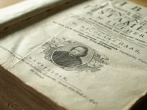 A Bíblia velha ilustrada Fotos de Stock