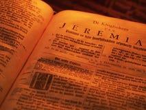 A Bíblia velha Jeremia imagens de stock