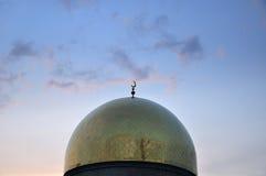 Bóveda central de la mezquita de Almaty Fotos de archivo libres de regalías
