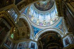 Bóveda de la catedral del ` s del St Isaac Foto de archivo