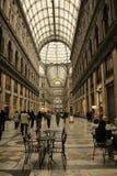 Bóveda del centro comercial fotos de archivo