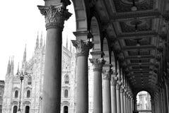 Bóveda gótica de Milano, Italia foto de archivo