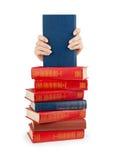 böcker isolerad seriebunt arkivfoton
