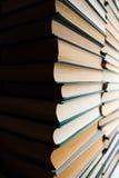 böcker isolerad seriebunt Royaltyfri Foto