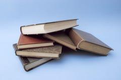 böcker kastar något royaltyfria foton