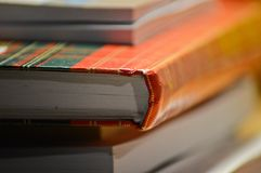 Böcker och anteckningsböcker i min inrikesdepartementet Royaltyfri Fotografi