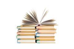 Böcker som isoleras på viten Royaltyfri Fotografi