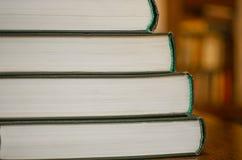 böcker staplade Royaltyfria Foton