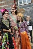 BÖGA OCHA LESBISKA KVINNAN COPENAHGEN STÅTAR Royaltyfri Foto