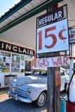 BögParita Sinclair bensinstation på Route 66 Fotografering för Bildbyråer