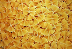 böjer pasta Arkivfoto