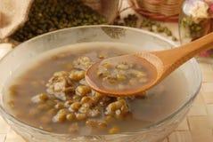 bönaefterrättmung soup royaltyfri bild