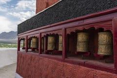 Bönen rullar in den Thiksey kloster Royaltyfria Bilder