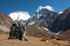 Bönflaggor i den Langtang dalen, Himalayas, Nepal Arkivbilder