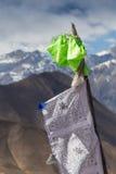 Bönflaggor med stupas Royaltyfri Foto