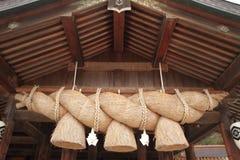 Bönkorridor av den Izumo Taisha relikskrin Fotografering för Bildbyråer
