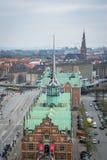 Börs Børsen i Centralet Park av Köpenhamnen denmark royaltyfri foto