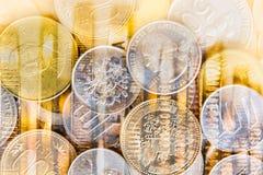 Börse oder Devisenhandelsdiagramm und -kerzenständer entwerfen suitab lizenzfreie stockfotos