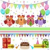 Búhos de la fiesta de cumpleaños fijados Imagen de archivo libre de regalías