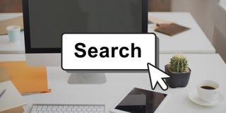 Búsqueda que busca el hallazgo que mira concepto de la optimización Foto de archivo libre de regalías