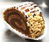 Bûche avec les noix et le chocolat Images libres de droits