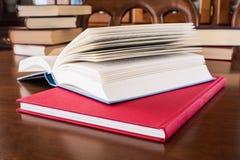 Bücher lizenzfreie stockfotografie