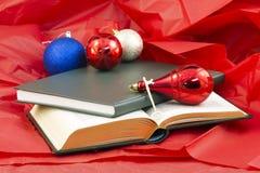 Bücher, die Taste, die Wissen öffnet Stockbilder