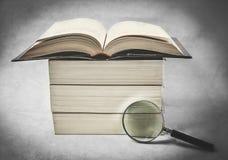 Bücher im Retrostil Stockfoto