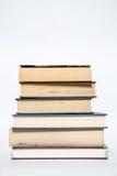 Bücher, Stapelbücher in der Farbe Lizenzfreies Stockfoto