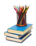 Bücher und Bleistifte Lizenzfreie Stockfotos