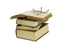Bücher und Gläser Stockfotografie