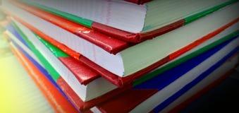 Bücher und Licht stockbild