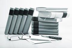Bücher und Spezifikt. stockfotos