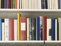 Bücherregal stockfotos