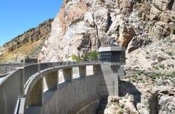 Büffel Bill Dam Visitor Center und Gehweg Lizenzfreies Stockfoto