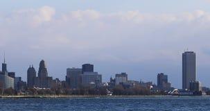 Büffel 4K UltraHD, New- Yorkskyline über dem Niagara Fluss