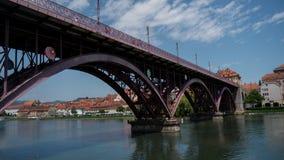 Bügeln Sie Brücke Stockbild