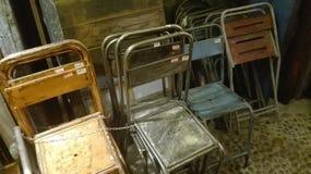 Bügeln Sie Stühle Lizenzfreies Stockfoto