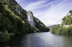 Bügeln Sie Tor-Naturpark, Decebals Kopf, der im Felsen geschnitzt wird stockbild